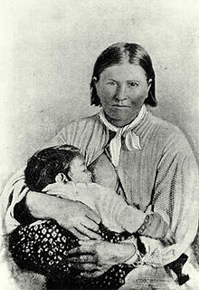 Cynthia and her daughter Topsannah after their capture in 1861. Cynthia, believing her husband Nocona was dead, had cut her hair per Comanche mourning rituals.