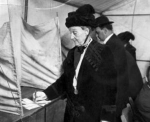 Abigail voting in 1914